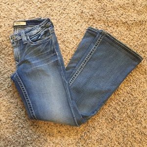 Big Star Maddie Mid Rise Bootcut Jean size 26L!